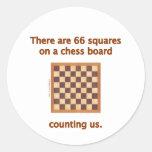 66 cuadrados del ajedrez etiqueta redonda