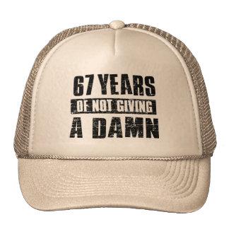 67 años gorros bordados