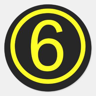 6 - número seis pegatina redonda