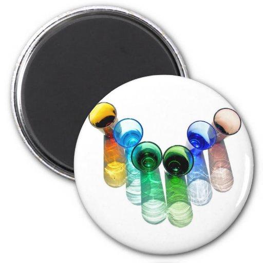 6 vasos de medida coloreados del cóctel - estilo 1 imán redondo 5 cm