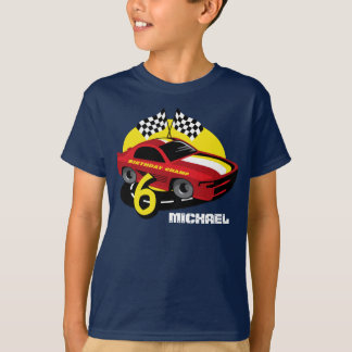 6ta camisa del cumpleaños del coche de carreras