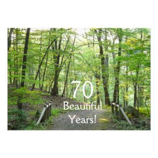 ¡70 años hermosos - Cumpleaños+Puente del bosque Invitacion Personalizada