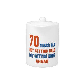 70 años, no consiguiendo calvos