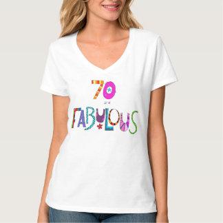 70 y letras coloridas del diseño del cumpleaños poleras