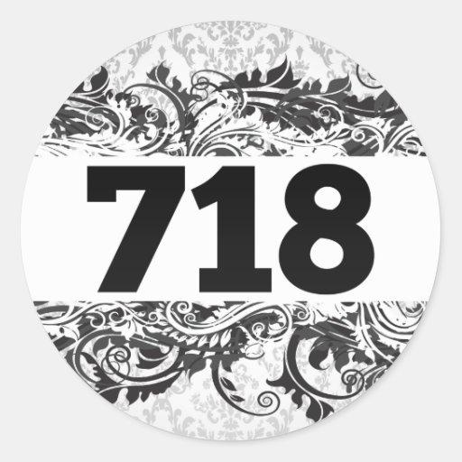 718 CLASSIC ROUND STICKER