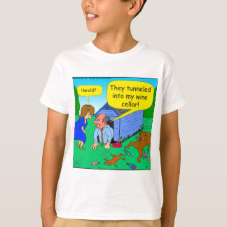 726 Wine cellar dog and cat cartoon T-Shirt