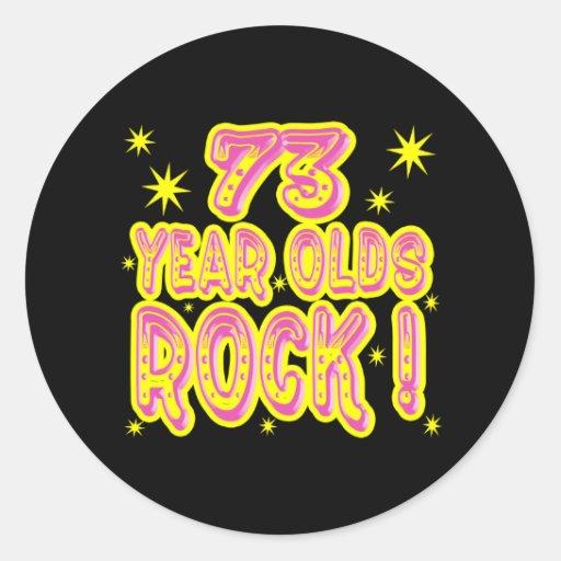 ¡73 años de la roca! Pegatina (rosado)