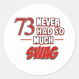 73 os diseños del cumpleaños pegatinas redondas