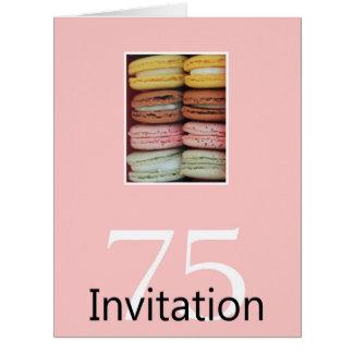 75.o Macaron de la invitación de la fiesta de Tarjetón