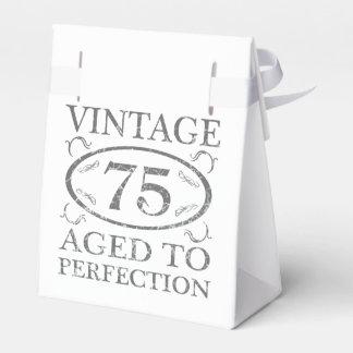 75.o Vintage del cumpleaños Cajas Para Detalles De Boda