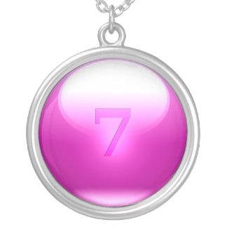 7 afortunados rosados colgante redondo