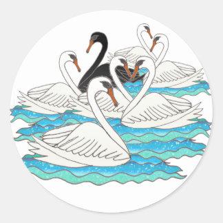 7 cisnes aSwimming Pegatina Redonda