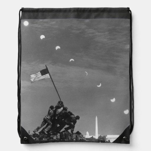 7 de marzo de 1970:  Diez exposiciones separadas Mochila