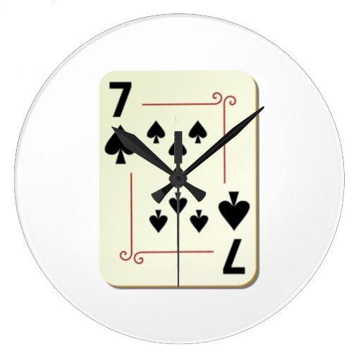 7 del naipe de las espadas relojes de pared