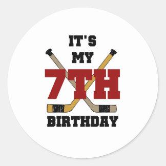 7mo cumpleaños del hockey etiqueta redonda