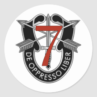 7mo Escudo del grupo de las fuerzas especiales Pegatina Redonda