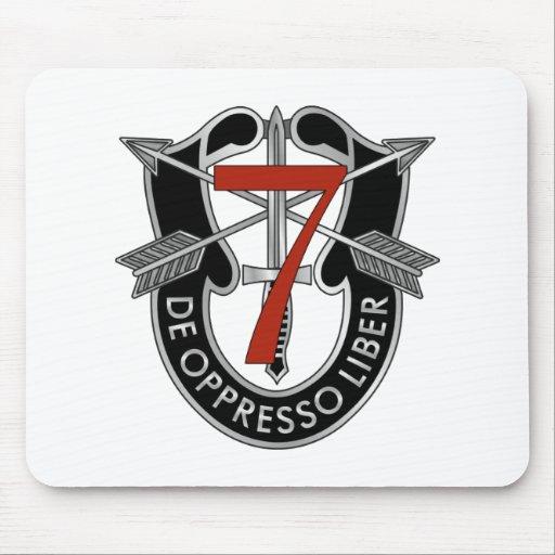 7mo Escudo del grupo de las fuerzas especiales Tapetes De Ratones