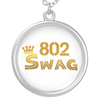 802 Vermont Swag Round Pendant Necklace