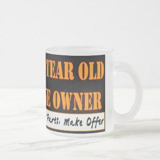 80 años, un dueño - las piezas de las necesidades, tazas