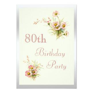 """80.o cumpleaños de las flores elegantes de la invitación 5"""" x 7"""""""