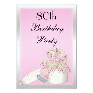 """80.o cumpleaños rosado y de plata floral invitación 5"""" x 7"""""""