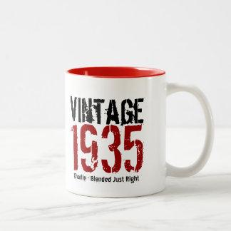 80.o Vintage del cumpleaños 1935 o cualesquiera Taza De Dos Tonos