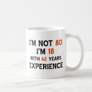 80.os diseños del cumpleaños taza básica blanca