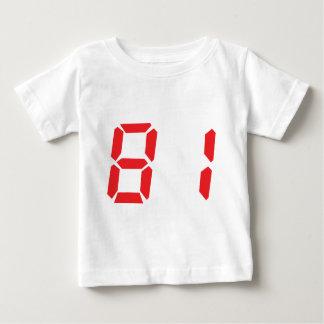 81 ochenta y uno números digitales del despertador playeras