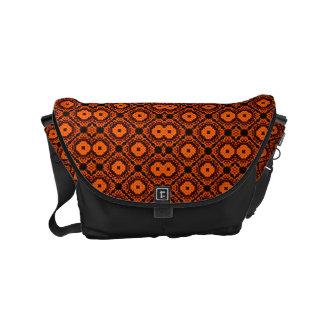 $ 82.95 / € 71,75 Orange/black Messengerbag Small Messenger Bag