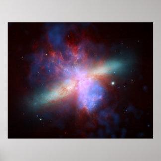 82 un compuesto más sucio de la galaxia M82 del ci Posters
