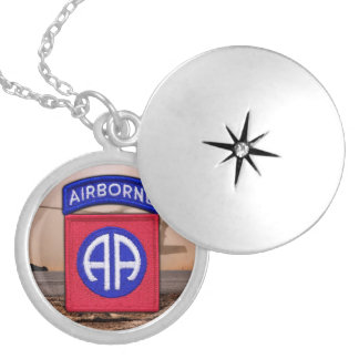 82nd Airborne Division veterans vets girls Necklac Silver Plated Necklace
