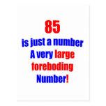 85 es apenas un número tarjeta postal