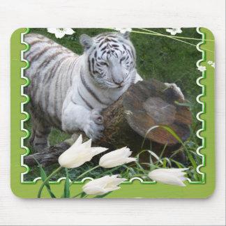 85 white-tiger-st-patricks-0052 alfombrilla de raton