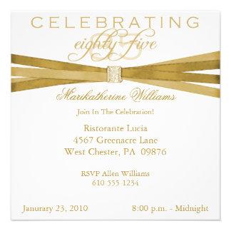 85as invitaciones elegantes de la fiesta de cumple anuncio