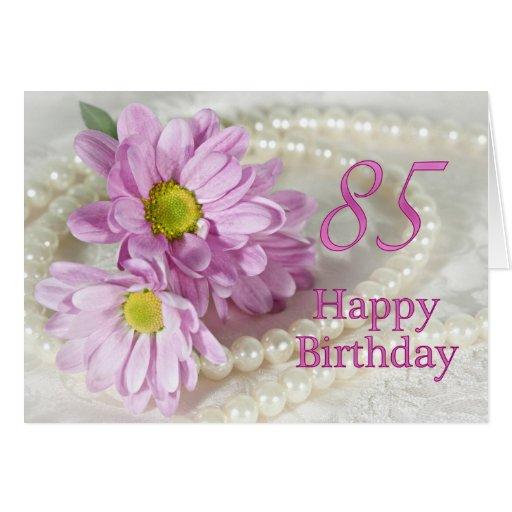85o Tarjeta de cumpleaños con las margaritas