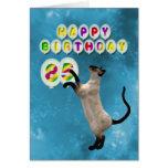 85o Tarjeta de cumpleaños con los gatos siameses