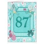 87.a tarjeta de cumpleaños con las flores