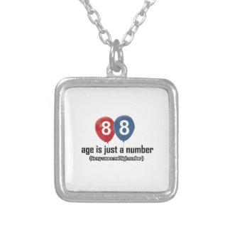 88 años nada pero un número diseñan colgante cuadrado