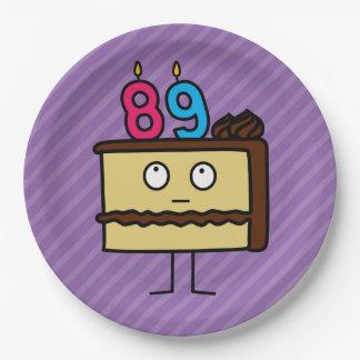 89.o Torta de cumpleaños con las velas Platos De Papel