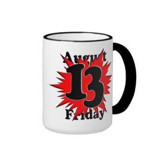 8-13 viernes el décimotercero tazas de café