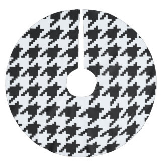 8 Bit Pixel Houndstooth Check Pattern Brushed Polyester Tree Skirt