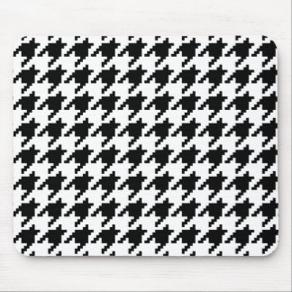 8 Bit Pixel Houndstooth Check Pattern Mouse Pad