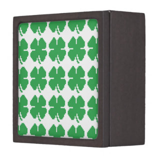 8 Bit Pixel Lucky Four Leaf Clover Keepsake Box