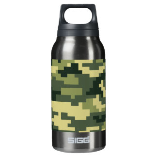 8 Bit Pixel Woodland Camouflage / Camo Insulated Water Bottle
