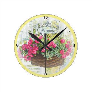"""8"""" reloj con la cesta agradable"""