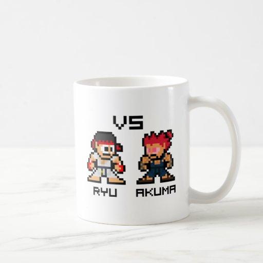 8bit Ryu VS Akuma Mug
