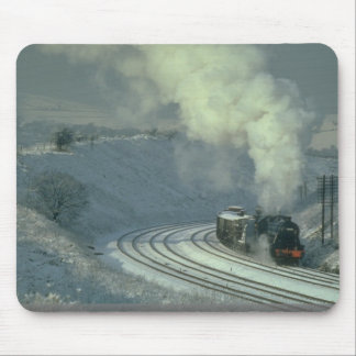 8F No. 48442 rounds the curve at Buxworth, Derbysh Mousepads