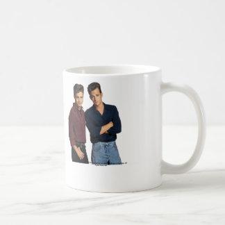 90210: Taza de Brandon y de Dylan