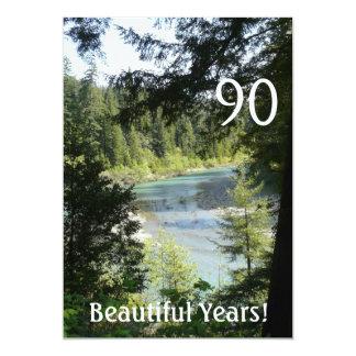 """¡90 años hermosos! - Cumpleaños+Lago woodland Invitación 5"""" X 7"""""""