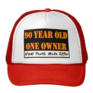 90 años, un dueño - las piezas de las necesidades, gorras